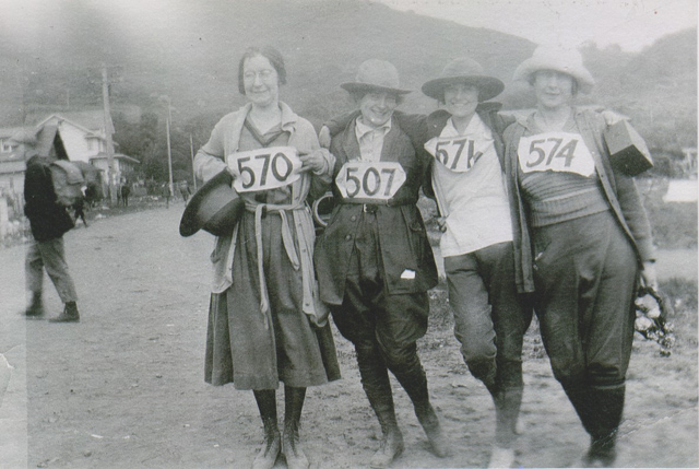 Four hikers, 1922