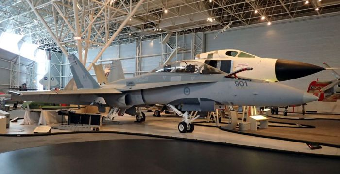 Photo of CF-188 (Hornet) aircraft.