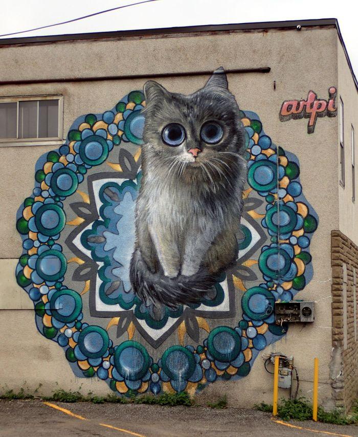 Photo of cat mural on Garland Street, Ottawa.