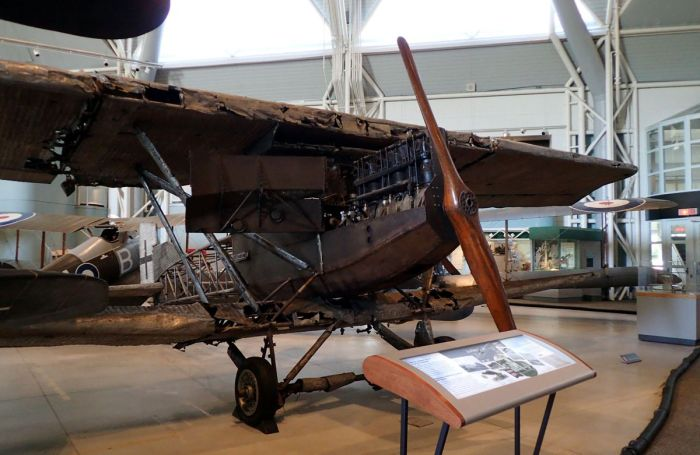 Photo of Junkers J.I aircraft.