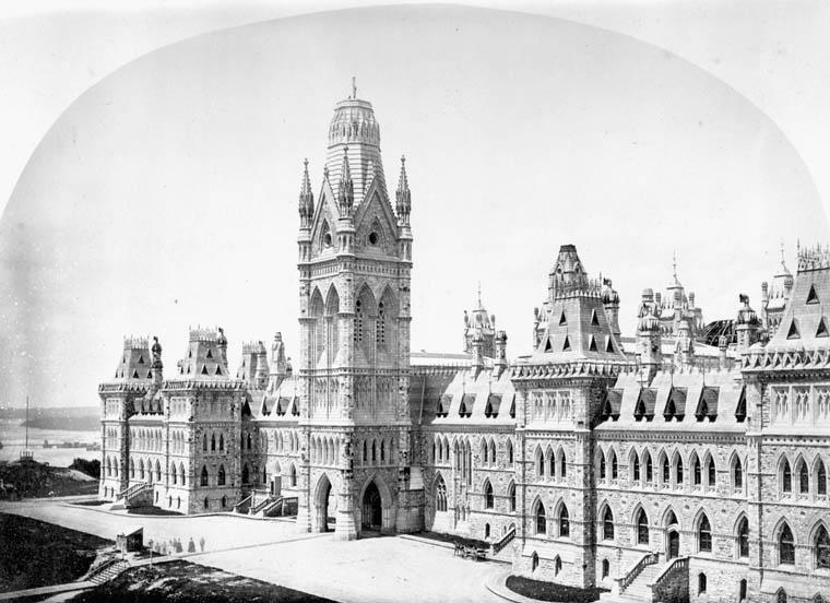 Image of original Centre Block with Victoria Tower.