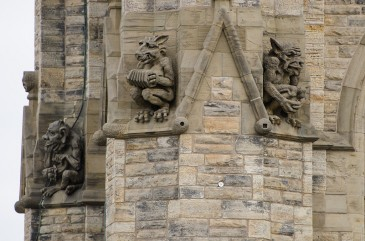 Photo of grotesques on the Peace Tower.